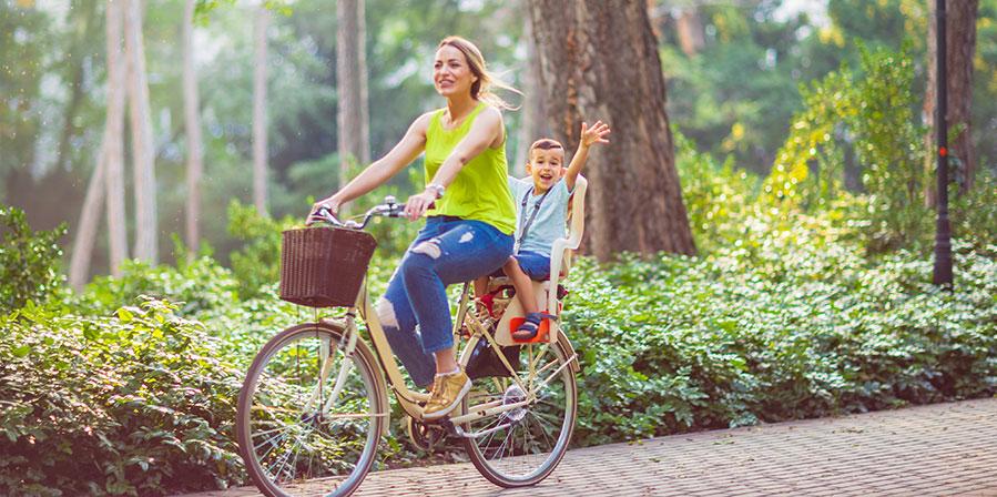 Olika fästanordningar på frontmonterad cykelsits